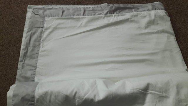 Image 2 of The White Company Super Kingsize duvet cover