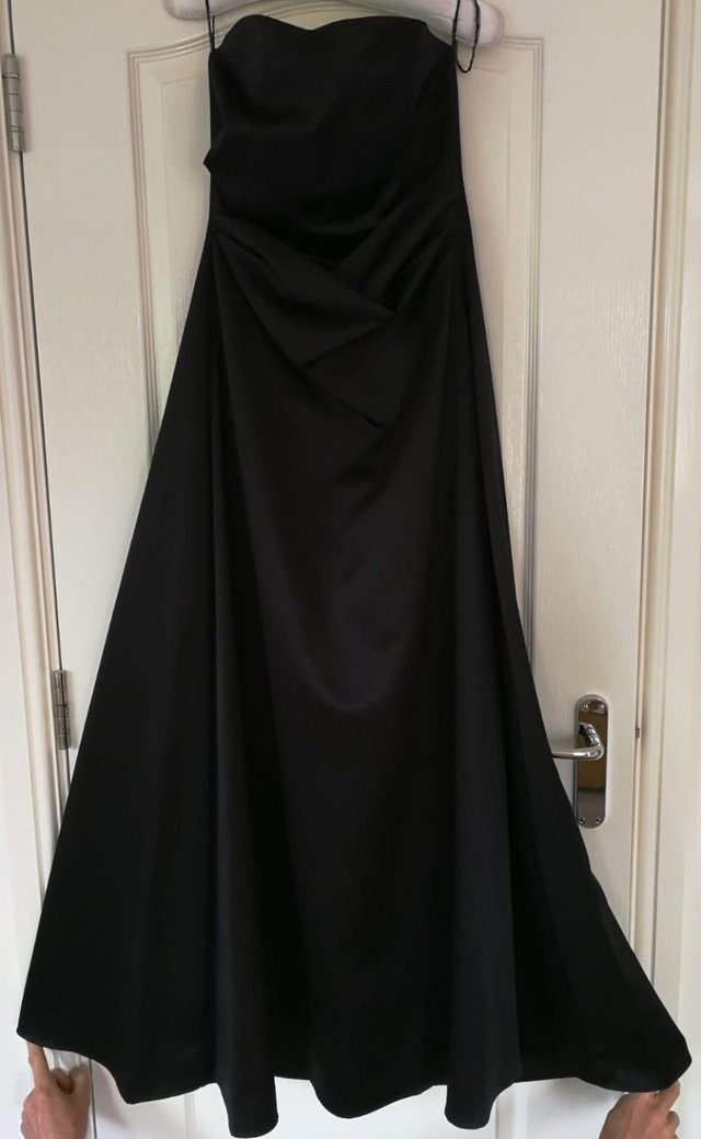 Preview of the first image of Prom / long dress / posh frock - black size 10, satin.