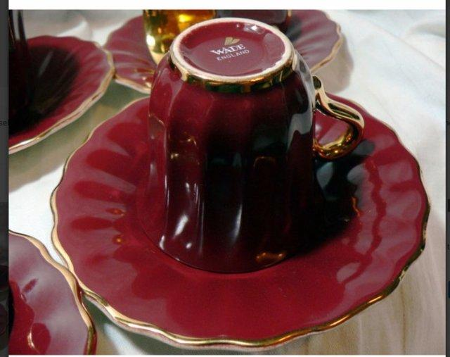 Image 2 of Wade Rouge & Gold Coffee Cups & Saucers - 4 Cups - 6 Saucers