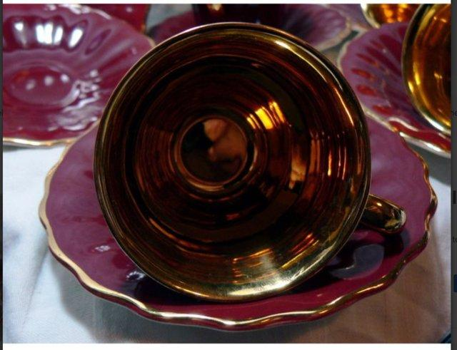 Image 3 of Wade Rouge & Gold Coffee Cups & Saucers - 4 Cups - 6 Saucers