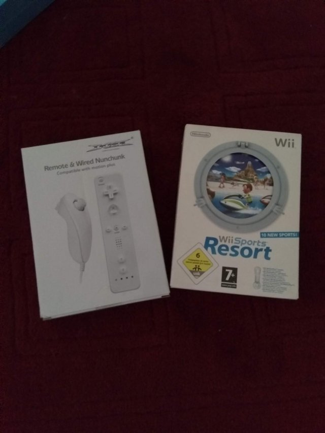 Image 3 of Wii accessories package