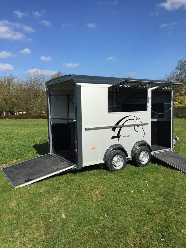 Image 2 of Cheval Minimax MAXI3 2 horse 3 pony trailer NEW