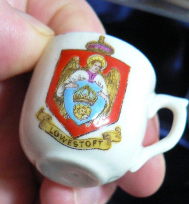 Image 3 of Crested China Cup And Saucer - Lowestoft Crest
