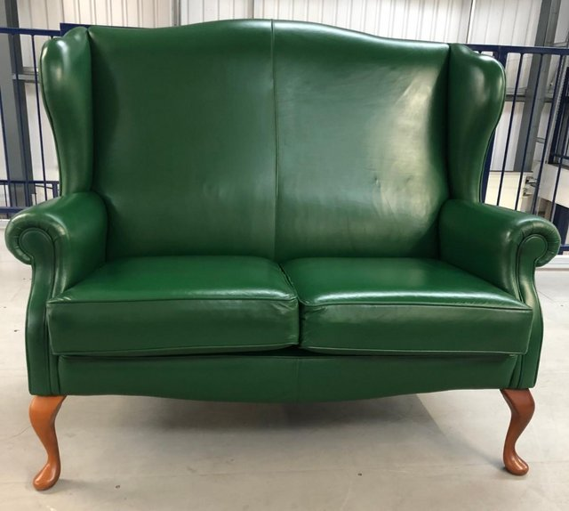 Image 3 of LEATHER CHESTERFIELD SHERBORNE 2 SEATER SOFA QUEEN ANNE