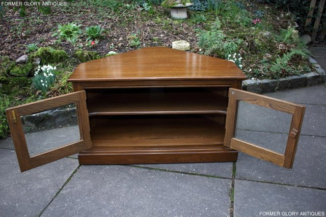 Image 4 of AN ERCOL GOLDEN DAWN CORNER TV CABINET DVD STAND TABLE UNIT
