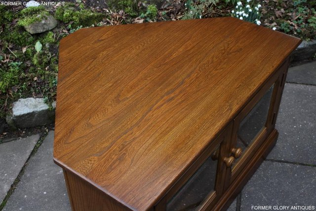 Image 24 of AN ERCOL GOLDEN DAWN CORNER TV CABINET DVD STAND TABLE UNIT