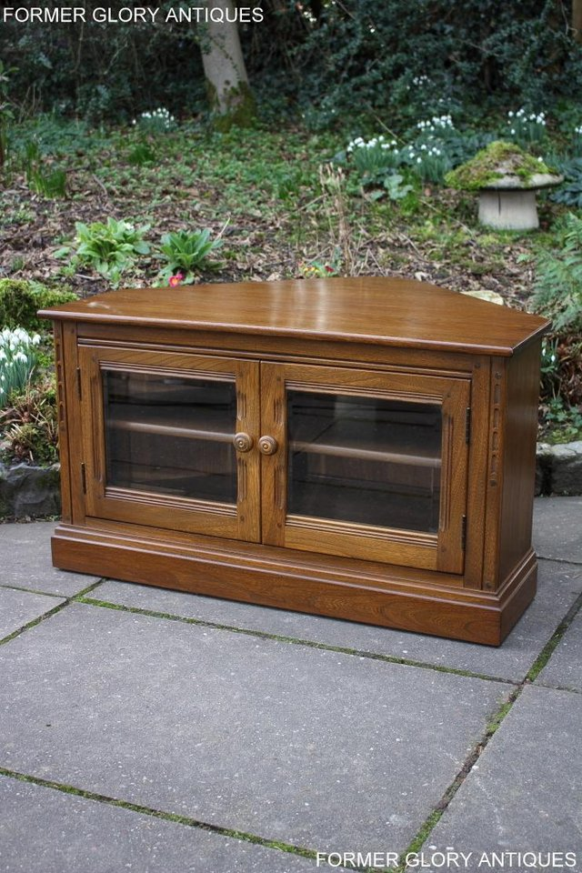 Image 49 of AN ERCOL GOLDEN DAWN CORNER TV CABINET DVD STAND TABLE UNIT