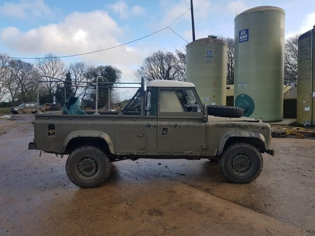 Image 2 of Land Rover 110 Soft Top & P/Up H/Top 1986 #108