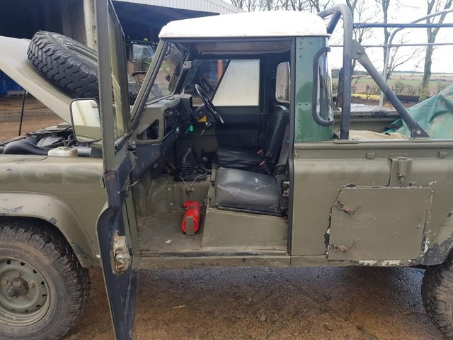 Image 12 of Land Rover 110 Soft Top & P/Up H/Top 1986 #108