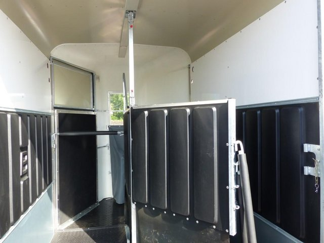 Image 2 of Bateson Deauville Horse Trailer Order now for 2022
