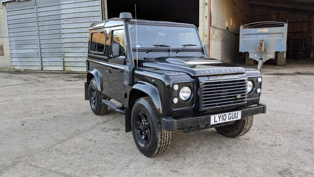 Preview of the first image of LAND ROVER DEFENDER 90 XS STATION WAGON #131.