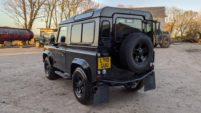 Image 5 of LAND ROVER DEFENDER 90 XS STATION WAGON #131
