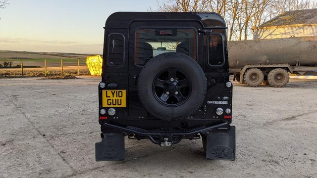 Image 6 of LAND ROVER DEFENDER 90 XS STATION WAGON #131