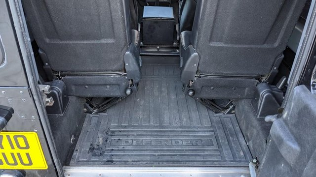 Image 14 of LAND ROVER DEFENDER 90 XS STATION WAGON #131