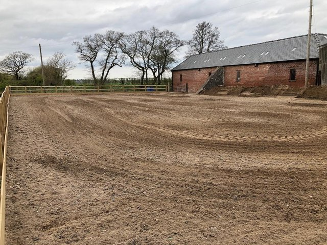 Image 3 of DIY Livery stables with grazing & Riding Paddock