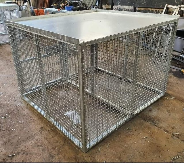 Image 17 of Top quality steel fabricated kennels/catteries/cages/runs