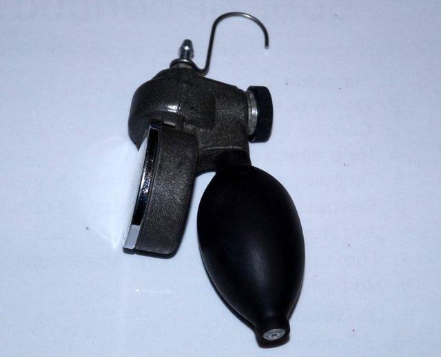 Image 3 of Taylor Instruments TK7115P 0-18psi air pressure calibrator