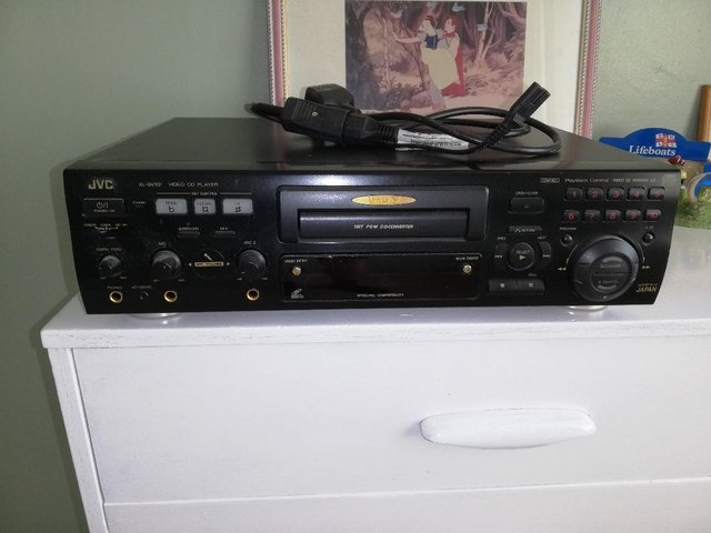 Preview of the first image of J V C XL _ SV CD Player..