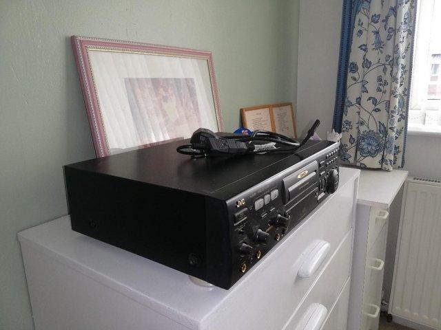Image 2 of J V C XL _ SV CD Player.