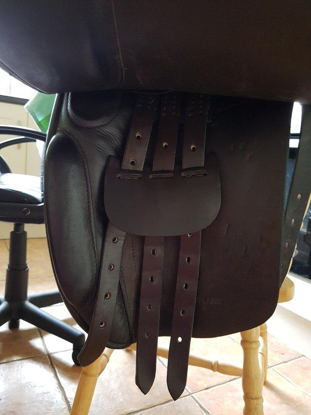 Image 3 of 17.5 inch, wide fit, brown leather, Ideal Josephine saddle