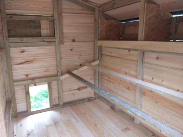 Image 3 of hand made 6' x 6' chicken coop