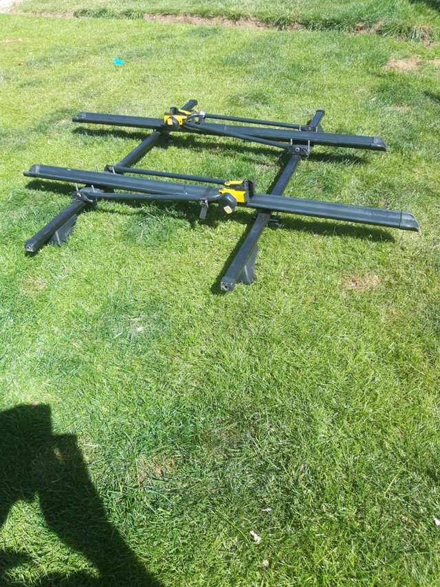 Image 5 of Genuine Volvo Roof Bicycle Carrier with Roof Cross Bars