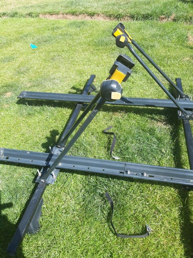 Image 6 of Genuine Volvo Roof Bicycle Carrier with Roof Cross Bars
