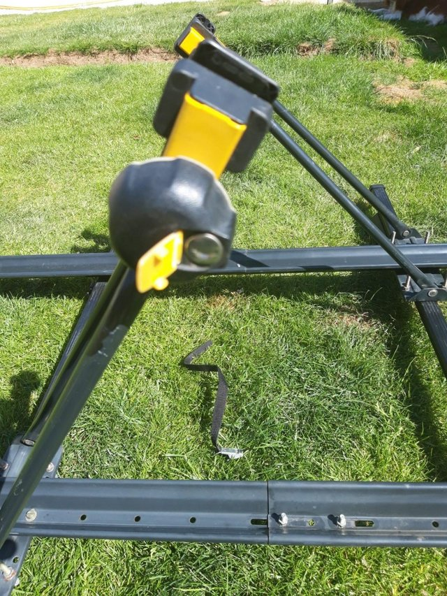 Image 7 of Genuine Volvo Roof Bicycle Carrier with Roof Cross Bars