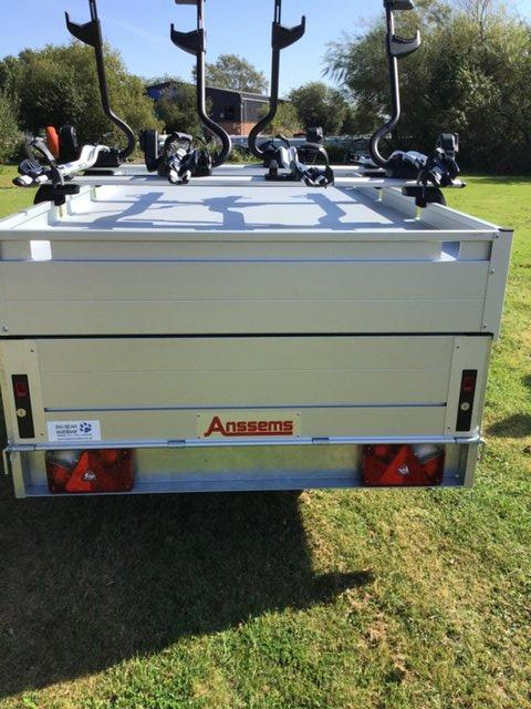 Image 9 of Anssems GT 750 211 HTwith 4 x Thule ProRide Cycle Carrier