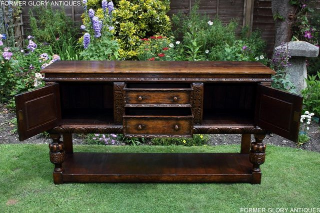 Image 4 of A TITCHMARSH AND GOODWIN CARVED OAK DRESSER BASE SIDEBOARD