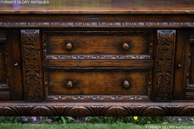 Image 13 of A TITCHMARSH AND GOODWIN CARVED OAK DRESSER BASE SIDEBOARD