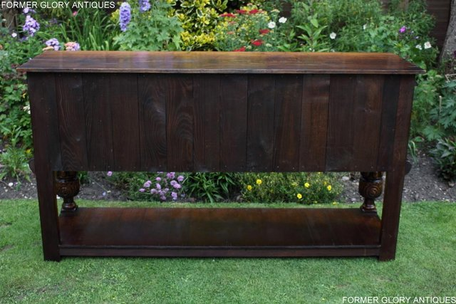 Image 18 of A TITCHMARSH AND GOODWIN CARVED OAK DRESSER BASE SIDEBOARD