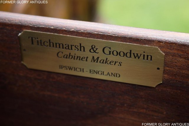 Image 36 of A TITCHMARSH AND GOODWIN CARVED OAK DRESSER BASE SIDEBOARD