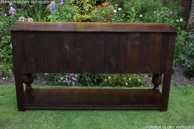 Image 46 of A TITCHMARSH AND GOODWIN CARVED OAK DRESSER BASE SIDEBOARD