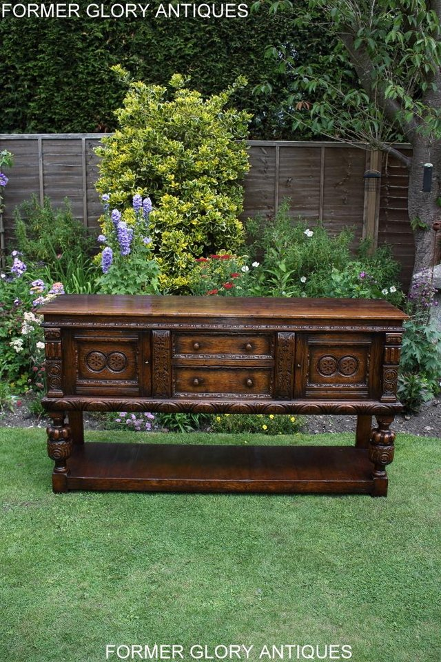 Image 51 of A TITCHMARSH AND GOODWIN CARVED OAK DRESSER BASE SIDEBOARD