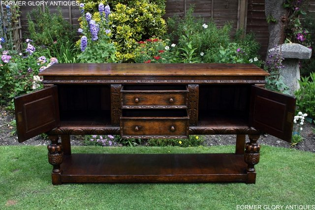 Image 103 of A TITCHMARSH AND GOODWIN CARVED OAK DRESSER BASE SIDEBOARD