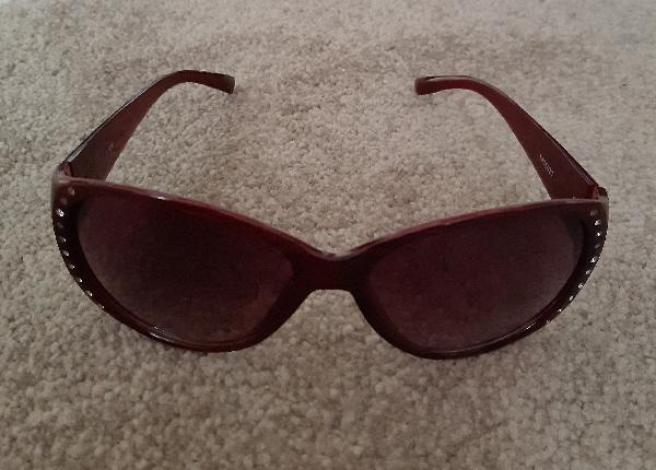 Image 2 of Lovely Ladies Burgundy Sunglasses With Diamante Decoration