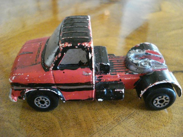Preview of the first image of RARE VINTAGE DIECAST MATCHBOX SUPERKINGS LORRY FORD W SERIES.