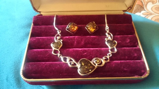 Image 4 of Vintage sterling silver and glass hearts jewelry set