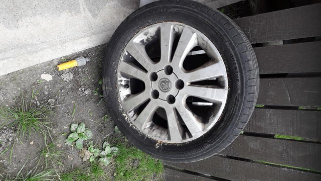 Preview of the first image of Vauxhall Astra Alloy Wheel and Tyre.
