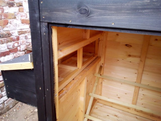 """Preview of the first image of 4x4x5'6"""" chicken coop."""