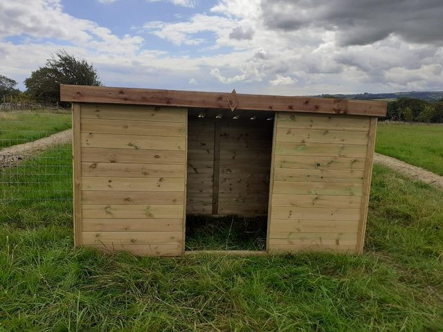 Image 3 of Smallholder's field shelter