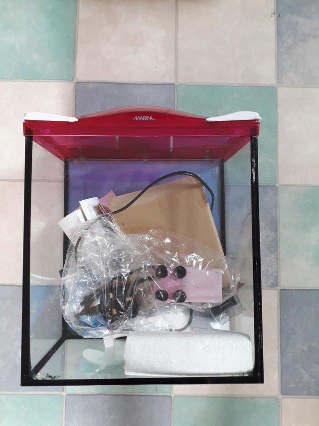 Preview of the first image of Aquarium kit..