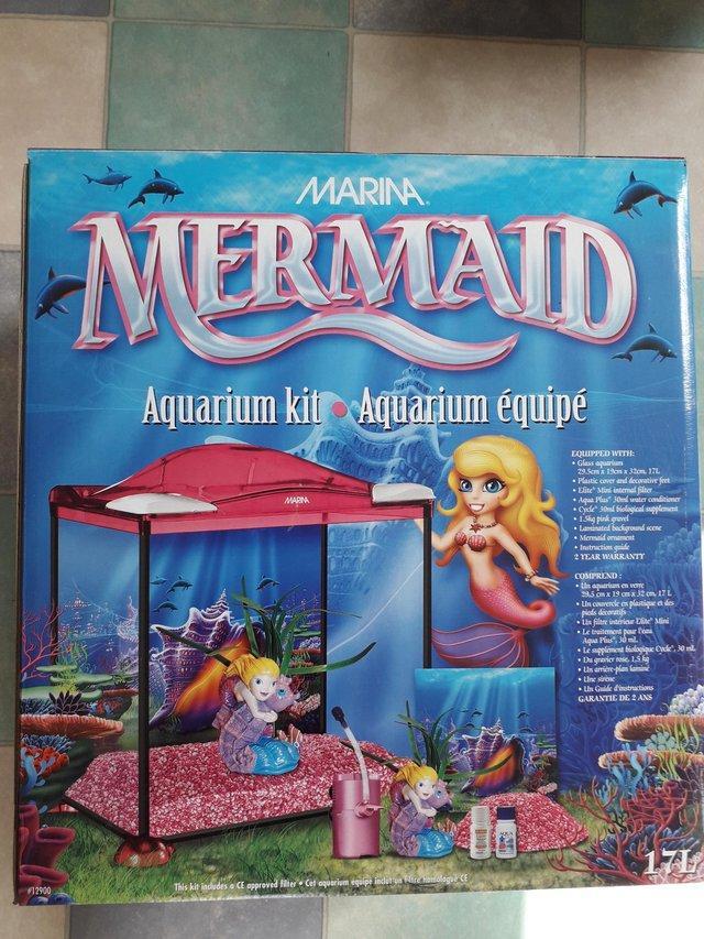 Image 2 of Aquarium kit.