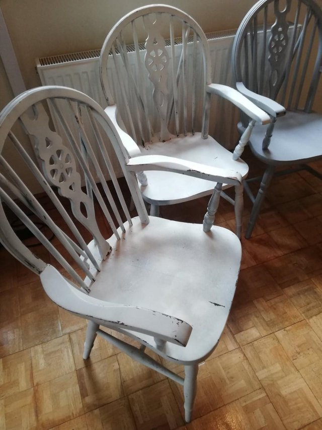 Image 5 of Vintage dining room table 4 Pine Carver Chairs
