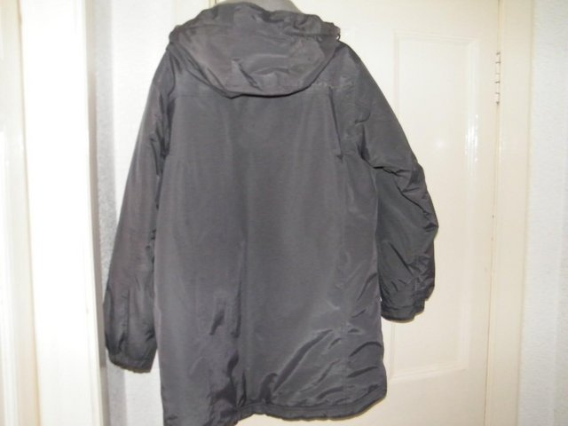 Image 3 of Grey Anorak strong and warm, with little use