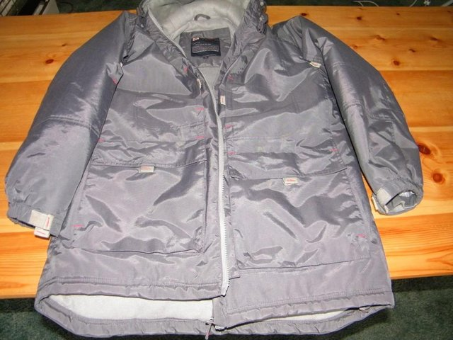 Image 5 of Grey Anorak strong and warm, with little use