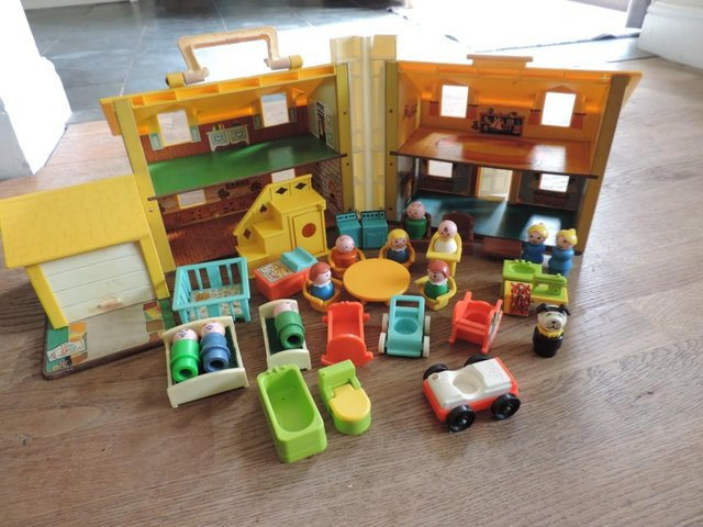 Image 7 of Vintage 1970's Fisher Price House