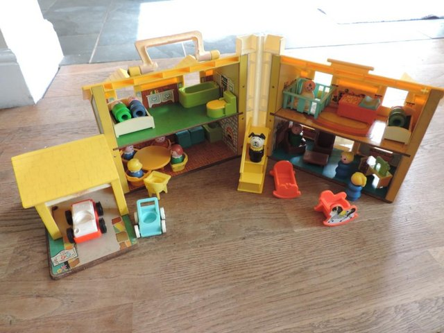 Image 10 of Vintage 1970's Fisher Price House