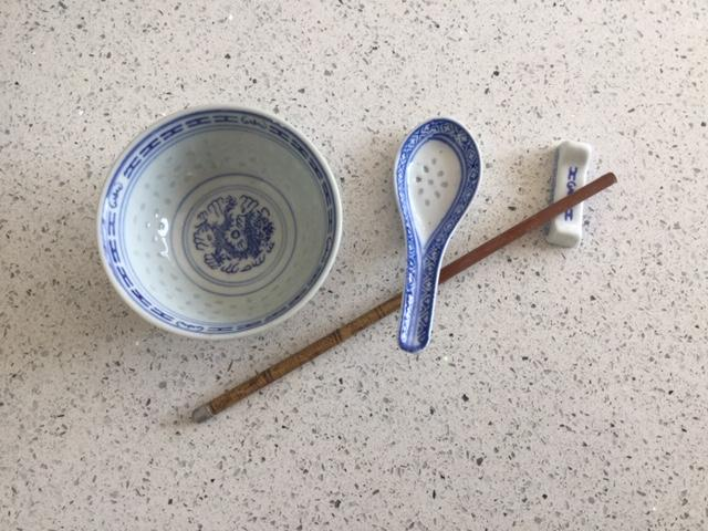 Preview of the first image of 16 piece beautiful, brand new china dinnerware.